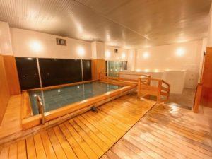 ロイヤルウイング風呂1