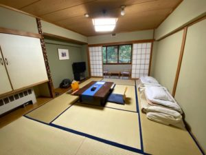 ホテル志賀サンバレー 客室1