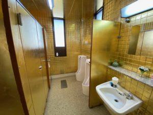 飯山 黄金のトイレ