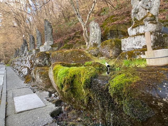 滝の湯 みちびき観音2