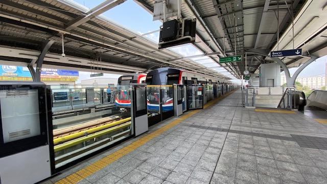 E23 Kheha駅 2