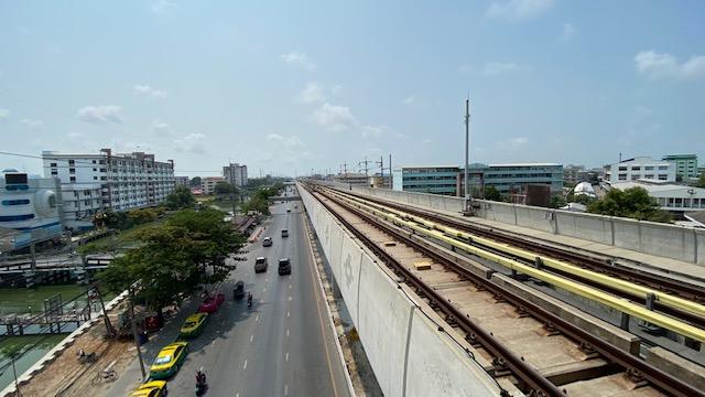 E23 Kheha駅 3