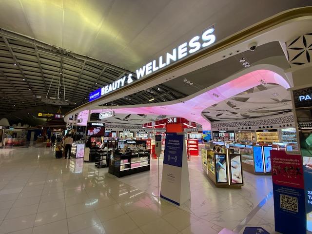 バンコク空港免税エリア12