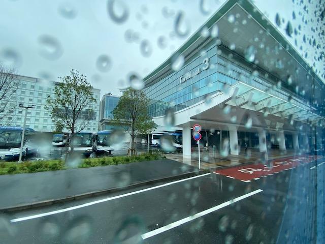 入国検疫手続き ホテル行きバス出発2