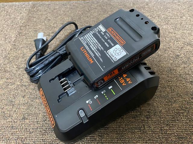 B&D 充電器3