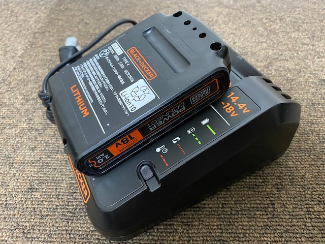 B&D 充電器4